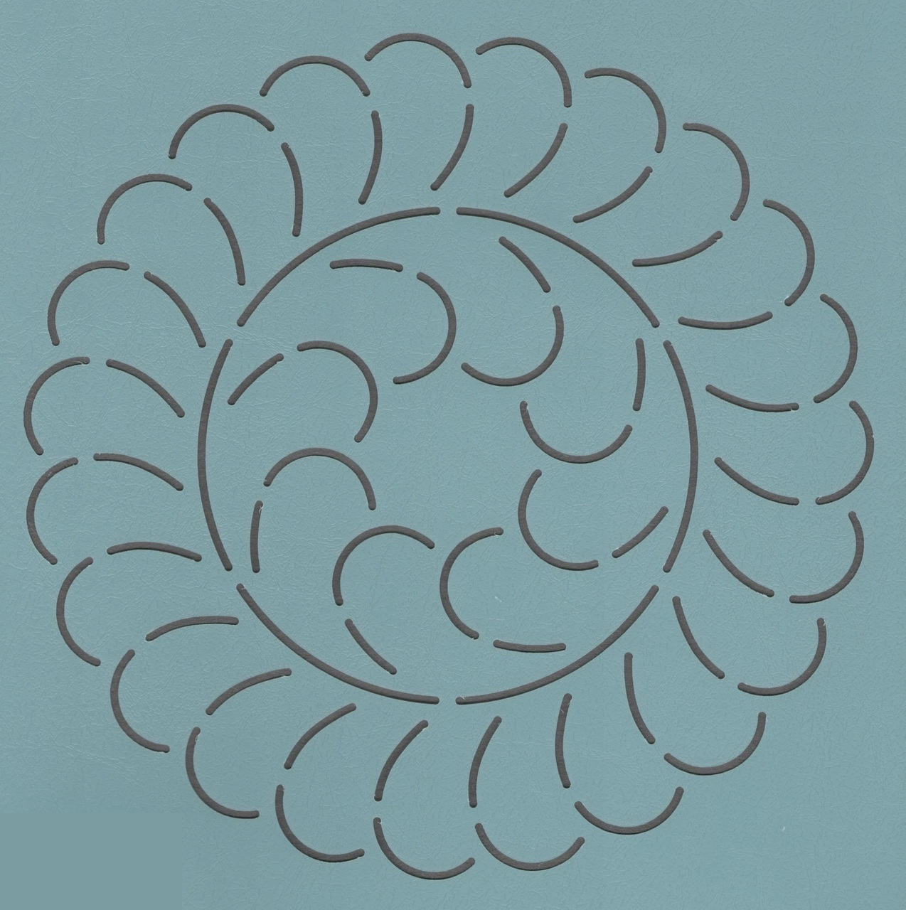 Feather Wreath 7''